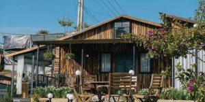 Villla Đà Lạt D266 - Nhà gỗ ấm cúng, sân vườn rộng rãi