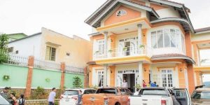 Villa Đà Lạt D098 - Khuôn viên rộng rãi