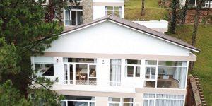 Villa Đà Lạt D229 - Hiện đại, cao cấp, view hồ, rừng thông