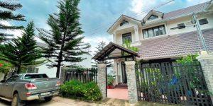Villa Đà Lạt D293 - Khuôn viên sân vườn thoáng đạt